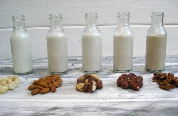 Молоко без коровы: полный гид по растительному молоку