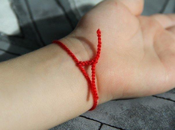 Красная нитка от сглаза на запястье. 11552.jpeg
