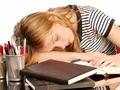 Почти половина женщин страдает от нехватки сна, считая это нормой