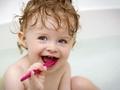 С какого возраста нужно чистить зубы?